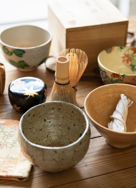 Tea bowls and whisks for a tea ceremony