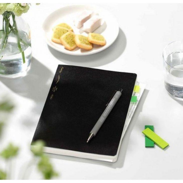 Stalogy 365 Day Notebook A5